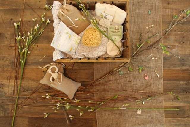 Idee di pacchetti regalo ecologici e zero waste